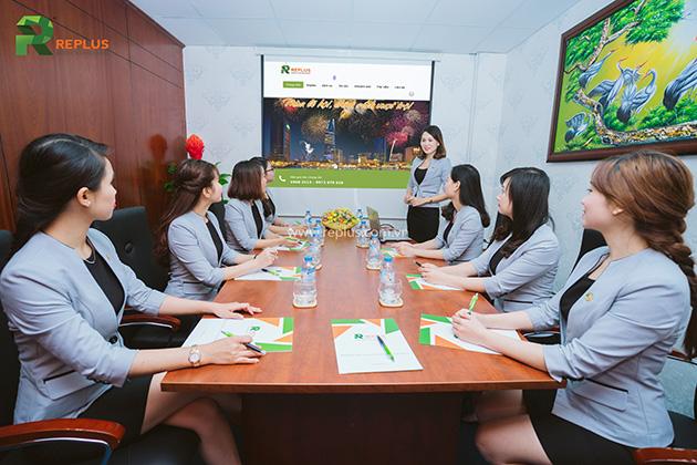 Replus meeting room
